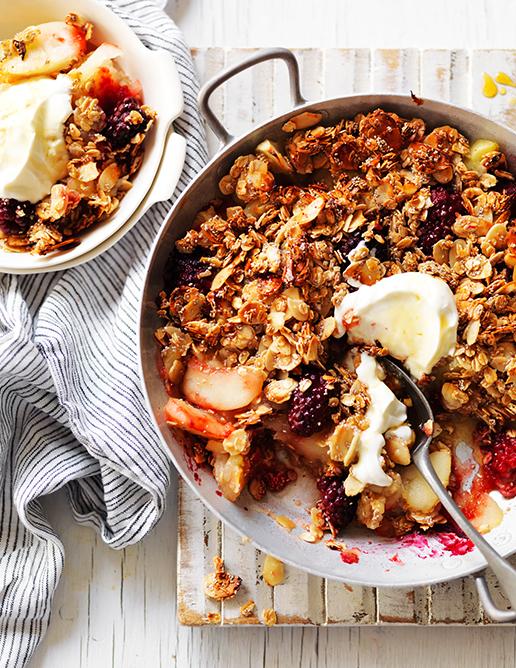 01 sweet annette forrest food stylist Home-7-Blackberry, apple-&-oat-crumble