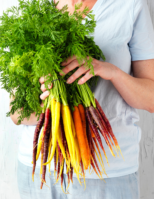 05-PRODUCE-annette-forrest-food-stylist-Dutch-carrots_3448