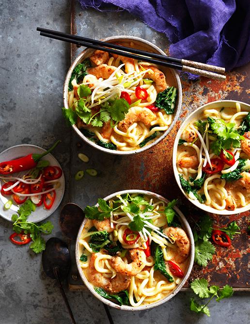 06-Satay-noodle-prawn-soup_2382