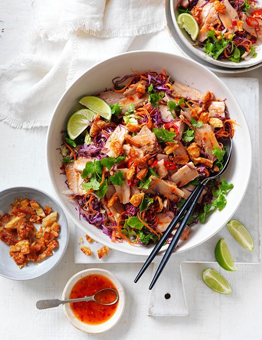 12-light-and-fresh-annette-forrest-sfood-stylist-Crackling-pork-belly-asian-salad_0263